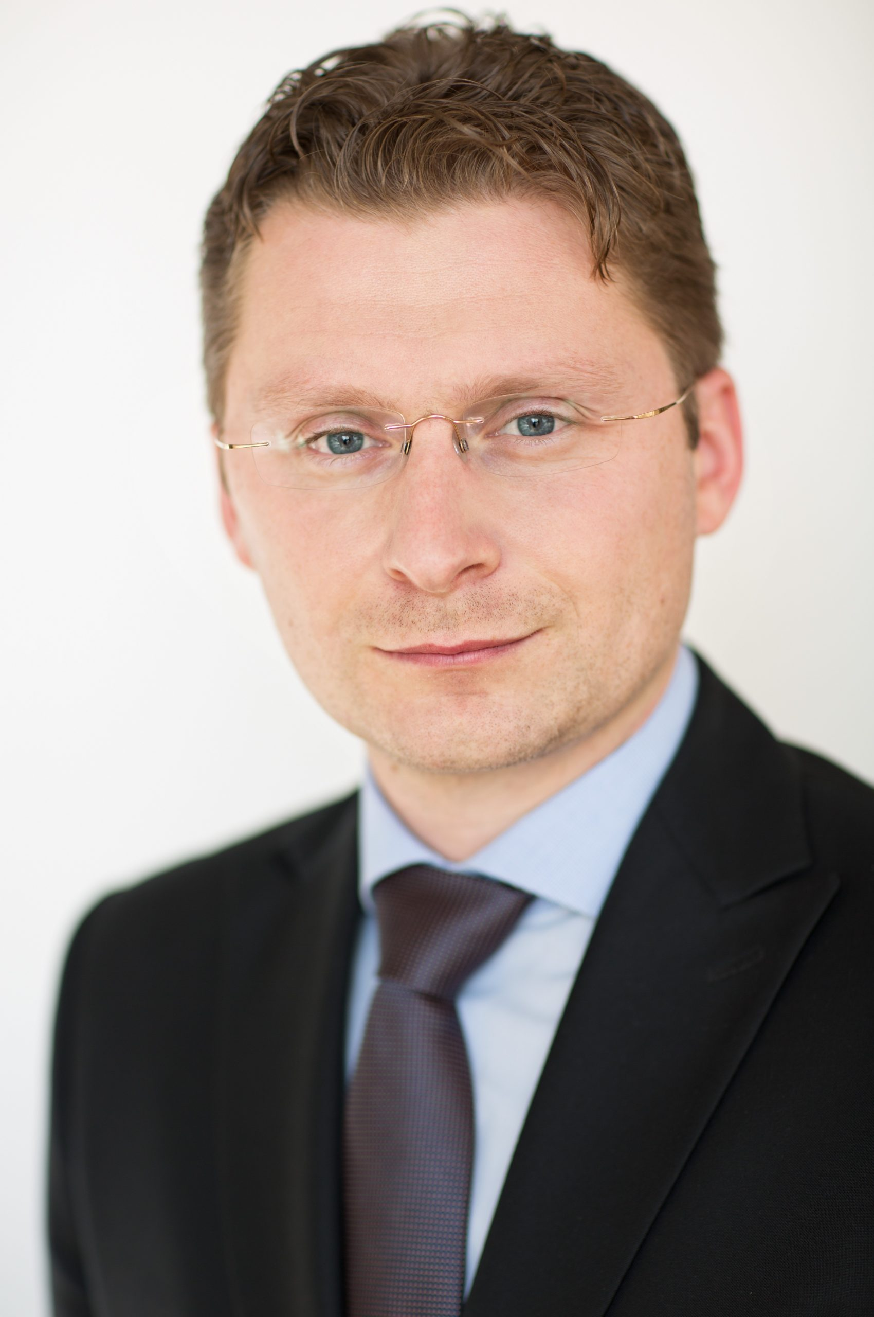 MUDr. Peter Visolajský